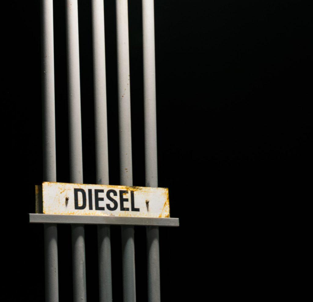 diesel lucht verwijderen